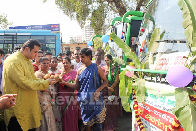 Pramodh Madhwaraj flags off KSRTC-14