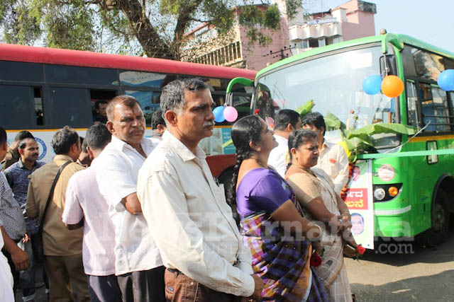 Pramodh Madhwaraj flags off KSRTC-4