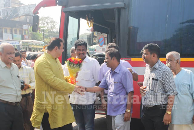 Pramodh Madhwaraj flags off KSRTC-7